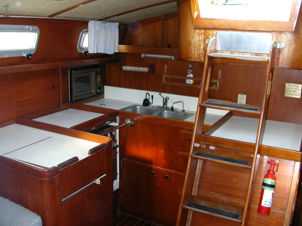 Pearson 422 Galley