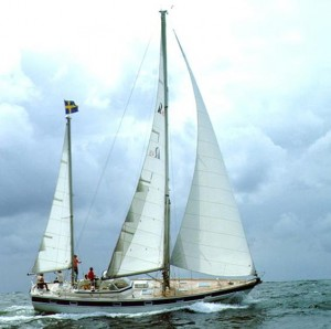 Hallberg-Rassy 49 Under Sail